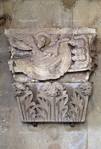 MBA-F-027734-0000 - Il sonno dei Re Magi, particolare di un capitello, rilievo, Gislebertus, o Gillebert (attivo nei primi decenni del sec. XII), cattedrale di San Lazzaro (Cathédrale Saint-Lazare d'Autun), Autun - Data dello scatto: 01/03/2006 - Achim Bednorz / Bildarchiv Monheim / Archivi Alinari