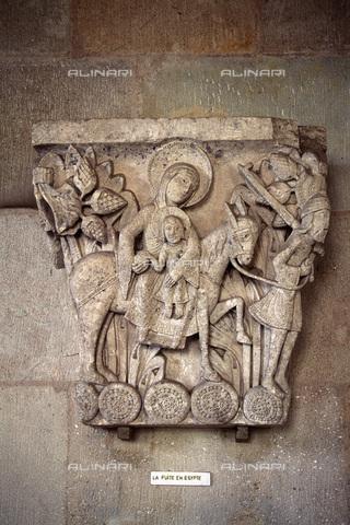 MBA-F-027736-0000 - Fuga in Egitto, particolare di un capitello, rilievo, Gislebertus, o Gillebert (attivo nei primi decenni del sec. XII), cattedrale di San Lazzaro (Cathédrale Saint-Lazare d'Autun), Autun - Data dello scatto: 01/03/2006 - Achim Bednorz / Bildarchiv Monheim / Archivi Alinari