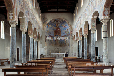 MBA-F-027827-0000 - Navata of the Basilica of Sant'Angelo in Formis, Capua - Data dello scatto: 01/03/2006 - Achim Bednorz / Bildarchiv Monheim / Alinari Archives