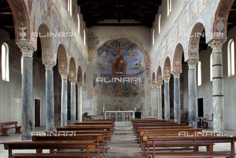MBA-F-027827-0000 - Navata della Basilica di Sant'Angelo in Formis, Capua - Data dello scatto: 01/03/2006 - Achim Bednorz / Bildarchiv Monheim / Archivi Alinari
