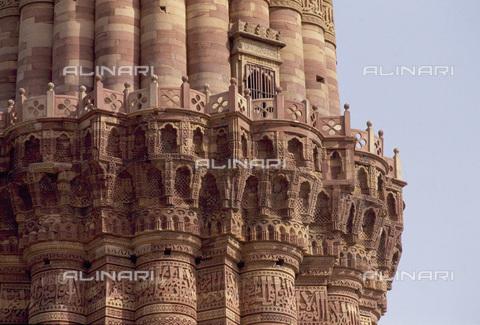 MBA-F-032278-0000 - Minareto sulle rovine di una moschea, particolare, Delhi - Data dello scatto: 01/03/2006 - Rainer Kiedrowski / Bildarchiv Monheim / Archivi Alinari