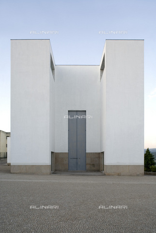 MBA-F-065952-0000 - Church of Santa Maria in Marco de Canavezes, by the architect Alvaro Siza (1933-) - Achim Bednorz / Bildarchiv Monheim / Alinari Archives