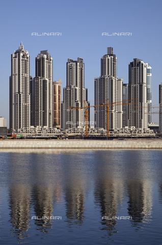 MBA-F-069752-0000 - Grattacieli nella Business Bay a Dubai - Data dello scatto: 21/03/2010 - Jochen Helle / Bildarchiv Monheim / Archivi Alinari