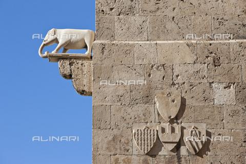 MBA-F-077784-0000 - Particolare della Torre dell'Elefante a Cagliari - Data dello scatto: 30/06/2012 - Peter Eberts / Bildarchiv Monheim / Archivi Alinari