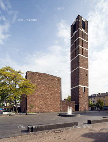 MBA-F-077953-0000 - The Church of St. Anne in Düren designed by Rudolf Schwarz (1897-1961) - Data dello scatto: 09/10/2103 - Florian Monheim / Bildarchiv Monheim / Alinari Archives