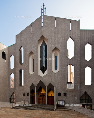 MBA-F-084746-0000 - Chiesa di San Francesco d'Assisi al Fopponino: facciata ovest, Giò Ponti (1891-1979), Milano - Schtze-Rodemann / Bildarchiv Monheim / Archivi Alinari