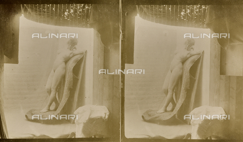 MFA-F-000123-0000 - Female naked. Stereoscopic image - Data dello scatto: 1890-1910 ca. - Archivi Alinari, Firenze
