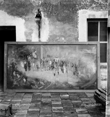 """MFA-S-0SN116-000S - The painting """"Le serpi"""" leaning against the wall - Data dello scatto: 1900 ca. - Archivi Alinari, Firenze"""