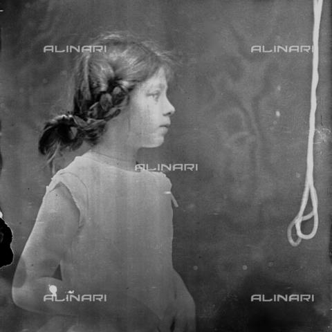 MFA-S-0SN423-000S - Portrait of Aurelia Michetti - Data dello scatto: 1897 - Archivi Alinari, Firenze