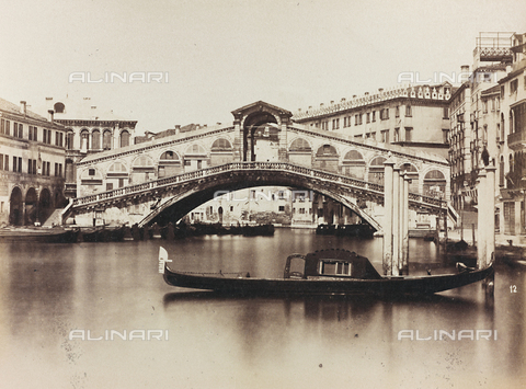 MFC-A-004641-0011 - View of the Grand Canal with the Ponte di Rialto, Venice - Data dello scatto: 1865-1875 - Archivi Alinari, Firenze