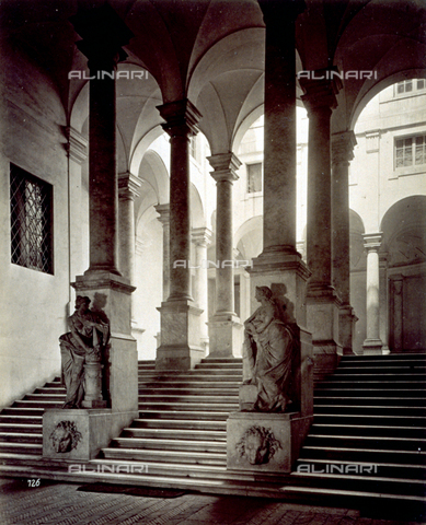 MFC-A-004642-0011 - The entrance staircase to Palazzo Durazzo Pallavicini in Genoa. In the foreground two statues - Data dello scatto: 1870-1880 ca. - Archivi Alinari, Firenze