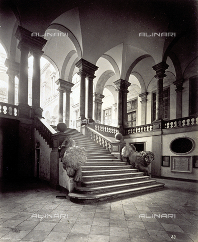 MFC-A-004642-0016 - The atrium of the University Building in Genoa. In tfe Foreground the staircase - Data dello scatto: 1870-1880 ca. - Archivi Alinari, Firenze