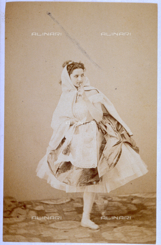 MFC-F-000375-0000 - Portrait of ballerina in costume - Date of photography: 1865 -1872 - Fratelli Alinari Museum Collections-Malandrini Collection, Florence