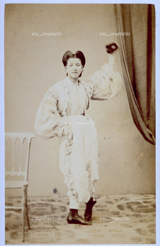 MFC-F-000376-0000 - Full-length portrait of small girl in fancy dress - Date of photography: 1865-1872 - Fratelli Alinari Museum Collections-Malandrini Collection, Florence