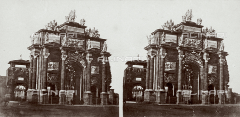 MFC-F-000388-0000 - Close-up of the Triumphal Arch of Francesco Stefano of Lorraine, in Florence, built in 1739. In the distance, Porta San Gallo, built in 1285, can be seen - Date of photography: 1860-1865 - Fratelli Alinari Museum Collections-Malandrini Collection, Florence