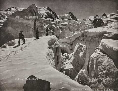 MFC-F-000451-0000 - Alpinists on the italian slopes of Mont Blanc