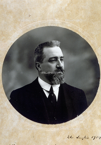 MFC-F-000871-0000 - Half-length portrait of the italian politician Claudio Treves - Data dello scatto: 26/07/1914 - Archivi Alinari, Firenze