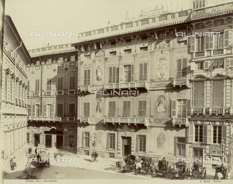 MFC-F-001656-0000 - Facade of Palazzo Pallavicini in Genoa with parked carriages - Data dello scatto: 1870-1890 ca. - Archivi Alinari, Firenze