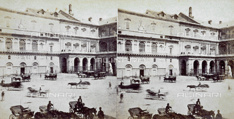 MFC-F-001833-0000 - The façade of the San Carlo Theater in Naples; the square is busy with carraiges - Data dello scatto: 1860 - 1865 ca. - Archivi Alinari, Firenze