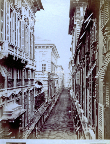MFC-F-002246-0000 - Via Garibaldi in Genoa. On the left, view of Palazzo Bianco - Data dello scatto: 1880-1890 ca. - Archivi Alinari, Firenze