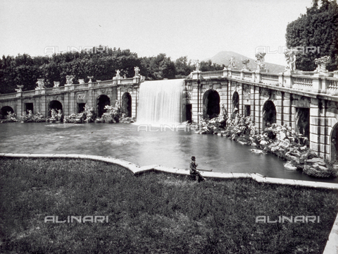 MFC-F-003116-0000 - Fountain of Aeolus, Park of the Royal Palace, Caserta