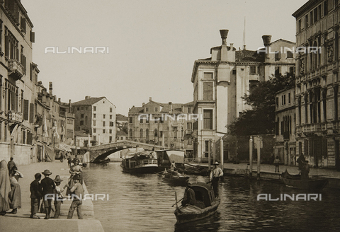 MFC-S-001600-0009 - Animated view of the Rio di Cannaregio, Venice