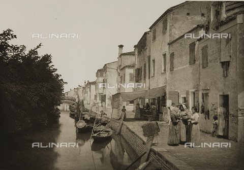 MFC-S-001600-0039 - Animated view of Burano, Venice
