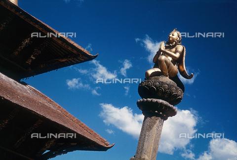MFV-F-A20001-0000 - Nepal: Gàruda, l'angelo di Vishnu - Data dello scatto: 20/12/1978 - Fosco Maraini/Proprietà Gabinetto Vieusseux©Fratelli Alinari