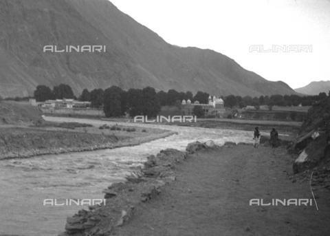 MFV-S-CAI021-0166 - CAI Rome expedition on Mount Saraghrar in the Hindu-Kush range: Kunar river - Date of photography: 18/06/1959-25/09/1959 - Fosco Maraini/Gabinetto Vieusseux Property©Fratelli Alinari