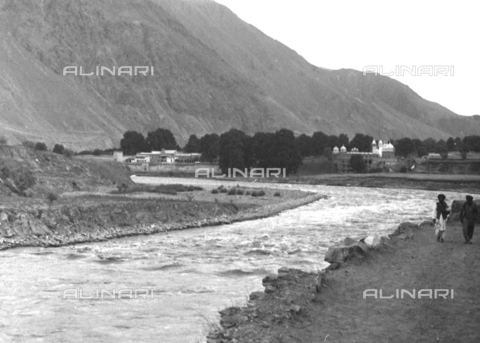 MFV-S-CAI021-0167 - CAI Rome expedition on Mount Saraghrar in the Hindu-Kush range: Kunar river - Date of photography: 18/06/1959-25/09/1959 - Fosco Maraini/Gabinetto Vieusseux Property©Fratelli Alinari