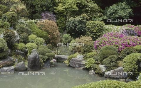 MFV-S-JPN369-0070 - Detail of the garden inside the Chishaku-in temple in Kyoto - Date of photography: 1963-1991 - Fosco Maraini/Gabinetto Vieusseux Property©Fratelli Alinari