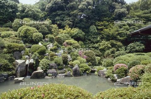 MFV-S-JPN369-0079 - Detail of the garden inside the Chishaku-in temple in Kyoto - Date of photography: 1963-1991 - Fosco Maraini/Gabinetto Vieusseux Property©Fratelli Alinari