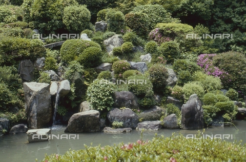 MFV-S-JPN369-0081 - Detail of the garden inside the Chishaku-in temple in Kyoto - Date of photography: 1963-1991 - Fosco Maraini/Gabinetto Vieusseux Property©Fratelli Alinari