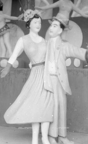 MFV-S-V00133-0275 - Statue che decorano il Giardino del Balsamo di Tigre (oggi Haw Par Villa) ad Hong Kong - Data dello scatto: 07/11/1962-15/11/1962 - Fosco Maraini/Proprietà Gabinetto Vieusseux©Fratelli Alinari