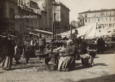 """MLD-F-000074-0000 - """"Campo dei Fiori"""" (outdoor market) in Rome"""