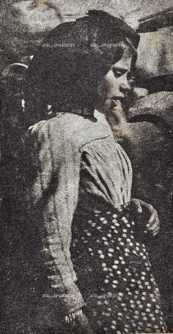 MLD-F-000120-0000 - Ritratto di bambina - Data dello scatto: 1920-1929 - Archivi Alinari, Firenze