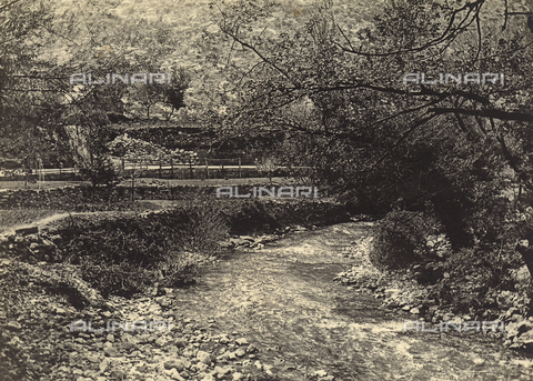 """MLD-F-000322-0000 - """"Il fiume Zrnovniza presso Almissa"""" - Data dello scatto: 1920-30 ca. - Archivi Alinari, Firenze"""