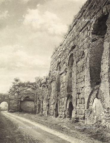 MLD-F-000406-0000 - Detail of the Neronian Aqueduct, near Rome - Data dello scatto: 1930 ca. - Archivi Alinari, Firenze