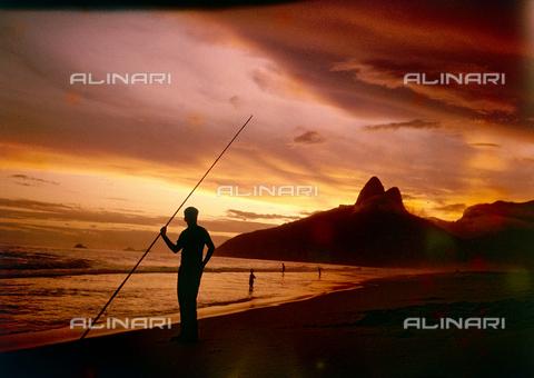 NVQ-S-000520-0033 - Sunset at Ipanema Beach, Rio de Janeiro, 60s