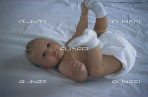 NVQ-S-000520-0101 - Picture of a newborn; America