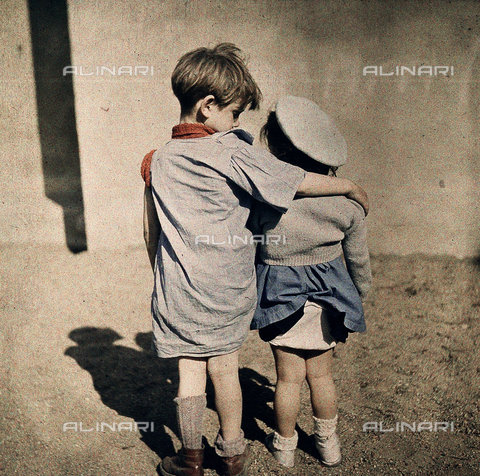 NVQ-S-002045-0001 - Children embracing