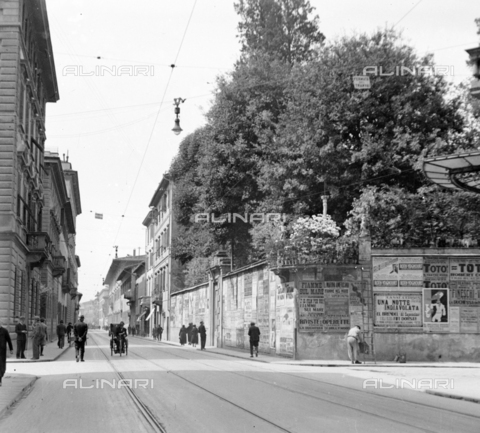 NVQ-S-002202-0027 - View of via Cavour in Florence - Date of photography: 1931 ca. - Alinari Archives, Florence