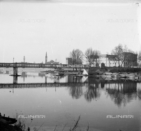 NVQ-S-002202-0042 - Ponte di Ferro (today Ponte San Niccolò) in Florence - Date of photography: 1930-1943 ca. - Alinari Archives, Florence
