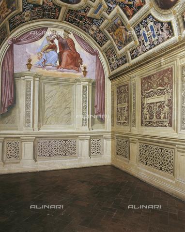 OBN-F-000732-0000 - Bezel set with Coronation of the Virgin, fresco, Ridolfo del Ghirlandaio (1483-1561), the Chapel of the Popes, the Convent of Santa Maria Novella, Florence - Date of photography: 29/09/2014 - Nicolò Orsi Battaglini/Alinari Archives, Florence