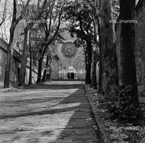 OMD-S-000183-0008 - The Cathedral of San Giusto on the Aventine Hill in Trieste - Date of photography: 25/04-01/05/1991 - Fratelli Alinari Museum - donation Orioli, Florence