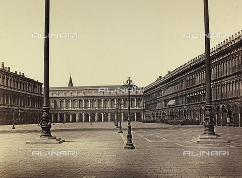 OTC-F-000025-0000 - The Procuratie Vecchie in Piazza San Marco, Venice