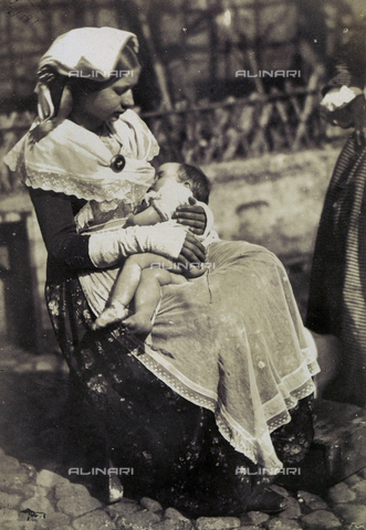 OTC-F-000031-0000 - Rome. Young woman nursing - Data dello scatto: 1852 ca. - Archivi Alinari, Firenze