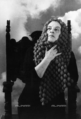 PAQ-F-000081-0000 - La scrittrice Anita Pittoni - Data dello scatto: 1970-1979 - Archivi Alinari, Firenze