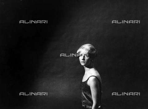 PAQ-F-000082-0000 - Ritratto femminile - Data dello scatto: 1970-1979 - Archivi Alinari, Firenze