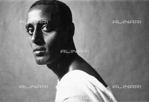 PAQ-F-000748-0000 - Ritratto maschile - Data dello scatto: 1980 ca. - Archivi Alinari, Firenze